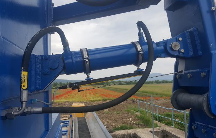 Hidraulički cilindar za upravljanje